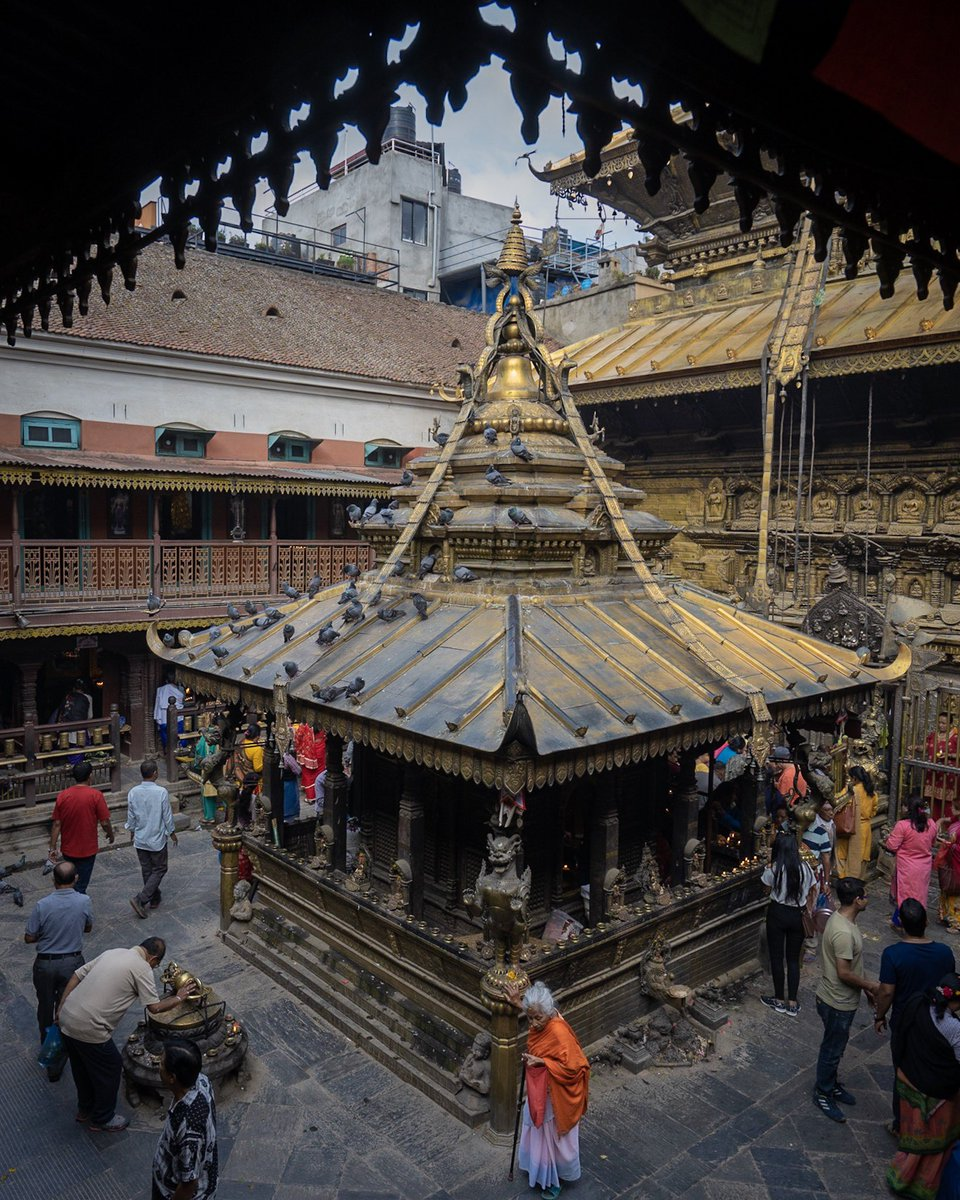 Yes, Kathmandu also has a Golden Temple ❤️#Nepal #Kathmandu