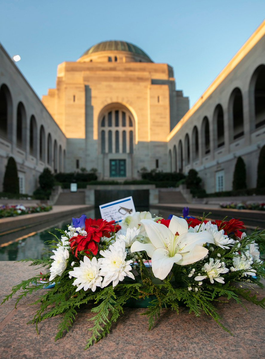 The bonds forged through war endure during peace. It was an honour this week to join CSAF @usairforce at the @AWMemorial to acknowledge the sacrifice of all who have served our country in times of war, and to remember those who paid the ultimate price. #LestWeForget