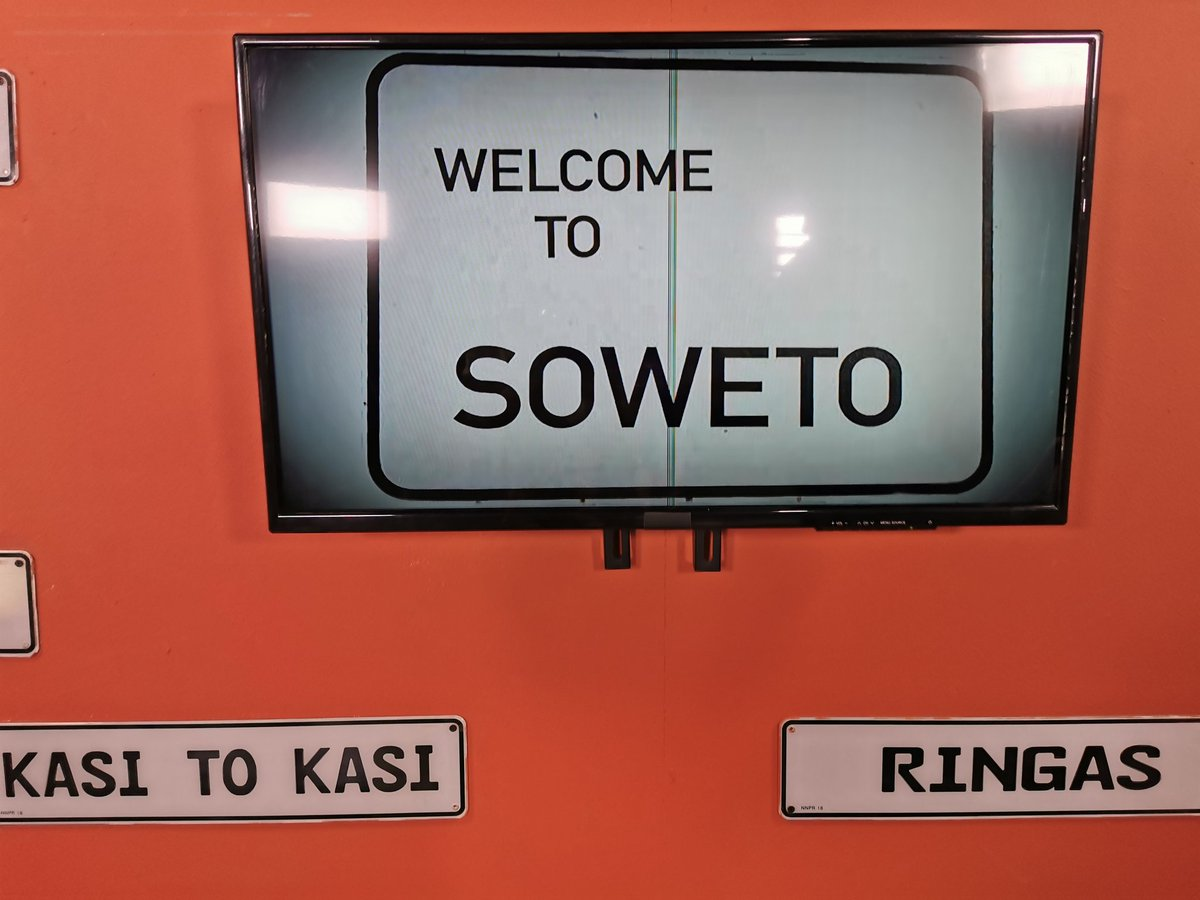 What a great pleasure visiting @SowetoTVchannel & talking actors rights with @iamDJRhee! Thanks so much guys, we have much to teach our young creatives about the vicious trap of exploitation. And *beware* our leaders who dont want you to earn royalties 😲! @SAGActors @NAMBITHA