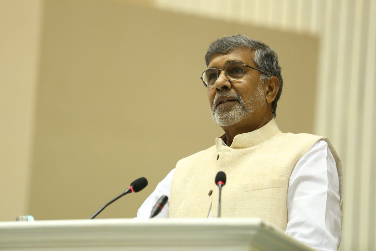 'Gandhi is life, Gandhi is a value. When you practice those values, Gandhi lives insides you says Nobel Laureate @k_satyarthi at the closing ceremony of the World Youth Conference on Kindness #KindnessMatters #MahatmaGandhi <br>http://pic.twitter.com/ueS3PFrWFO