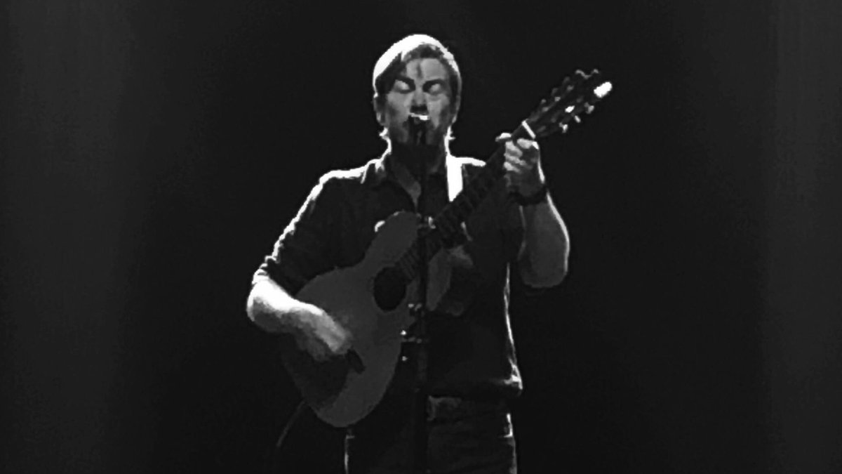 Watching @BillCallaman play Silver Jews covers for a packed @WebsterHall tugged at the heartstrings, but made for a beautiful night:  http://www. omgnyc.net/2019/08/bill-c allahan-played-webster-hall.html  … <br>http://pic.twitter.com/lEqlP8t9UN