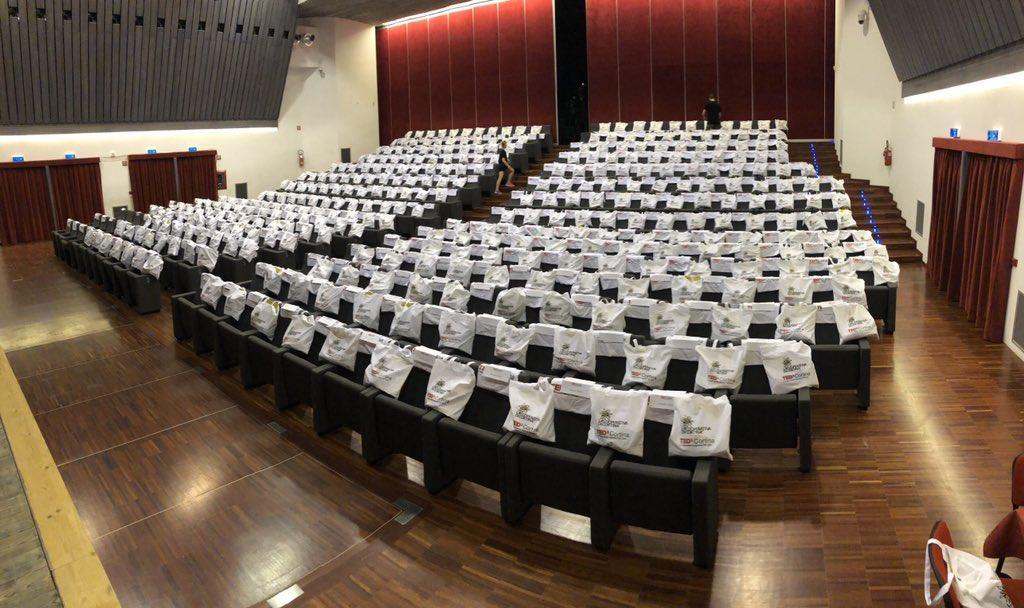 Tra poco iniziamo! #TEDxCortina #IOrigine https://...