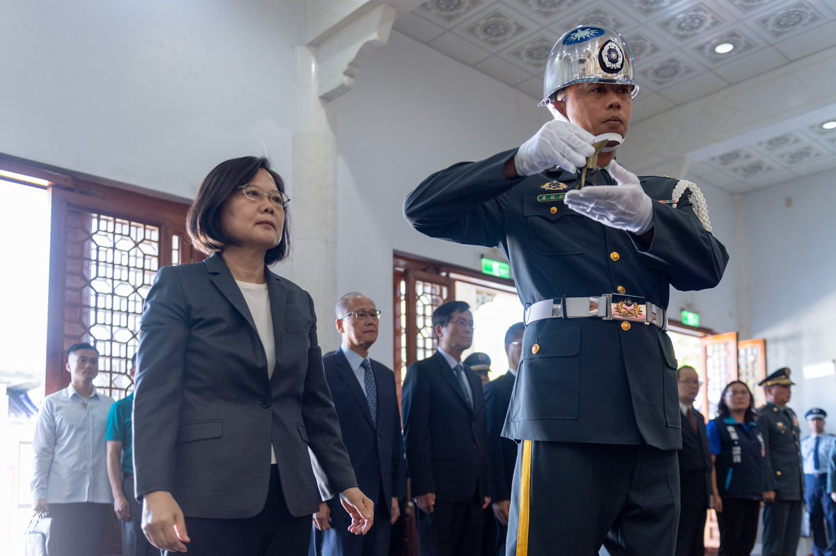 We are forever indebted to those who sacrificed their lives to defend #Taiwan's sovereignty back in 1958. Their spirit of unity is a reminder that we must come together like the heroes of yesterday, to protect our freedom & democracy today. <br>http://pic.twitter.com/YOfid24JwE