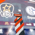 Image for the Tweet beginning: Volles Haus: Das #LeagueOfLegends Finale