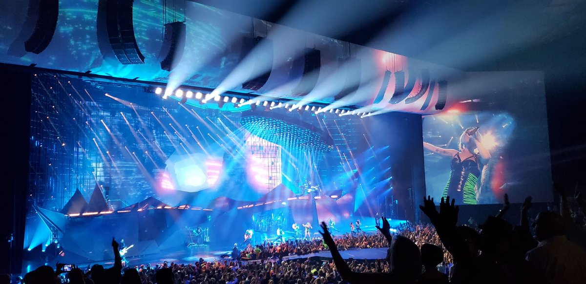 Lady Gaga Doubles Down in Las Vegas Residencies with L-ISA Technology  With nine GRAMMY Awards and three Brit Awards to...  @ParkTheaterLV @parkmgm @ladygaga @GRAMMYAwards @BRITs @TheAcademy @goldenglobes @Solotech_Inc @L_ACOUSTICS @DiGiCo_official   http://www. yeport.com/post/1629     <br>http://pic.twitter.com/vovO2H1z3i
