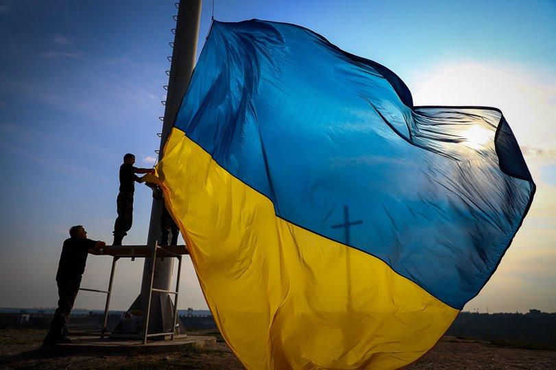 картинки флаг украины с надписью украина хоть подобный