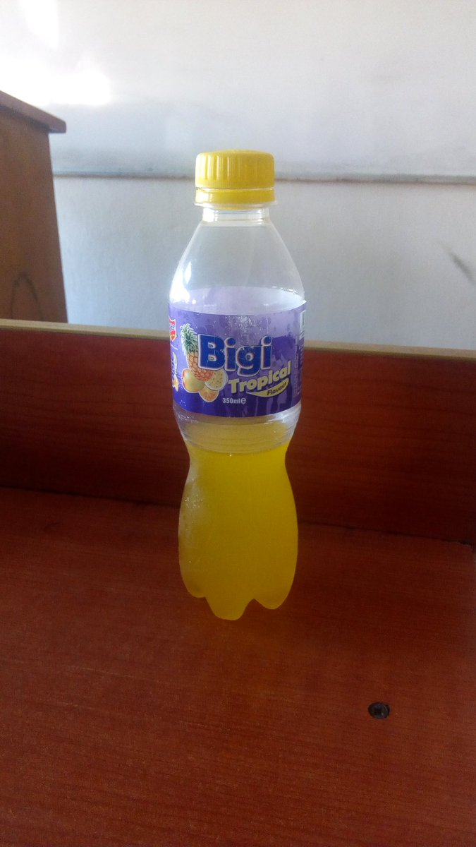 I was about to go and see my supervisor but I don't trust my Friend around my #Rite Bigi Tropical so I decided to snap it in case he wants to play smart. Guess what I came I met the bottle empty .The flavor is too good for him to resist he  denied until I showed him this pic  <br>http://pic.twitter.com/OsiPEzKYHc
