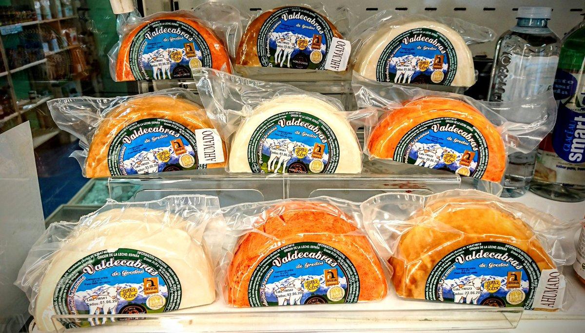 ¡Nos invaden los quesos de @queseriavaldeca! La invasión más sabrosa jamás imaginada 🧀🛸 📸 @elcolmadodesora