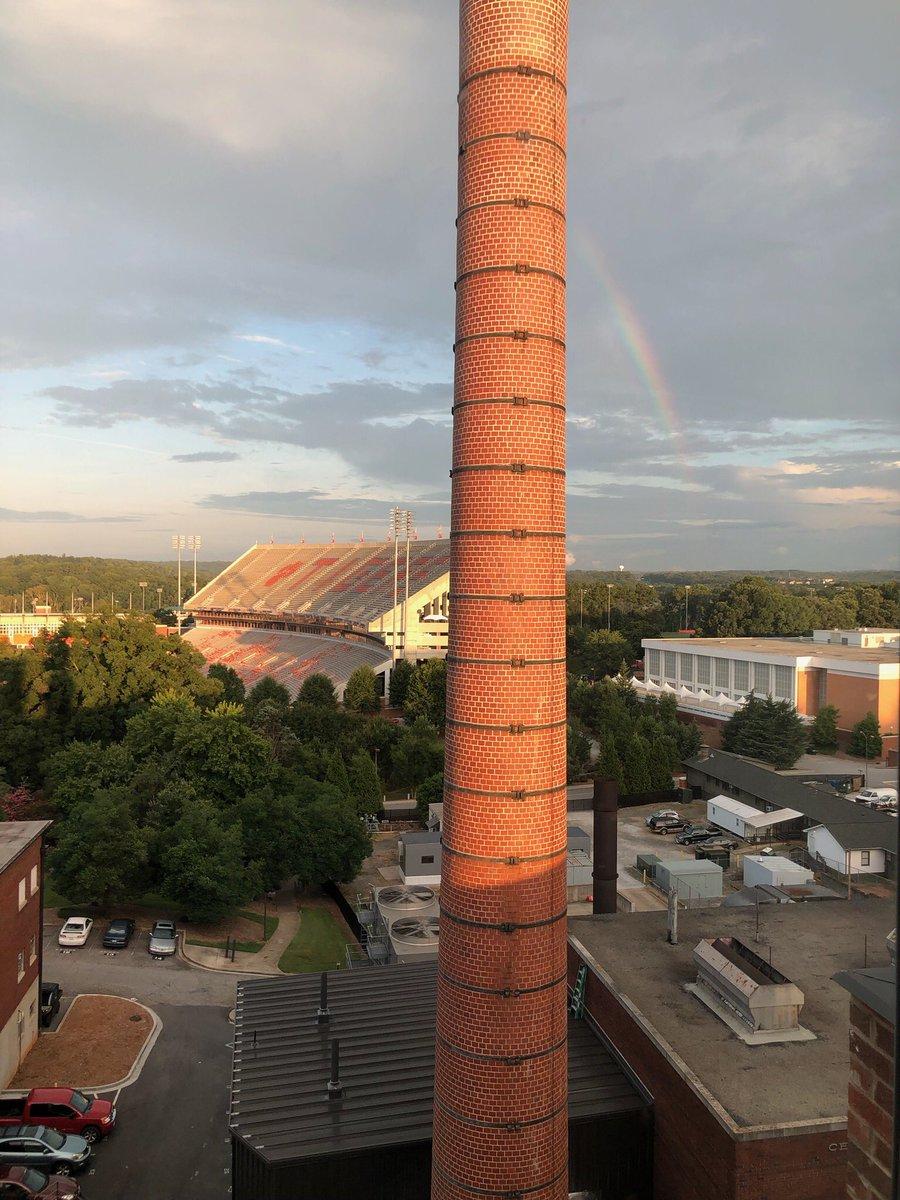 "Rainbow over Death Valley this morning. Sent from our freshmans's ""penthouse view"" #clemsonfamily <br>http://pic.twitter.com/WEcG7O2exU"