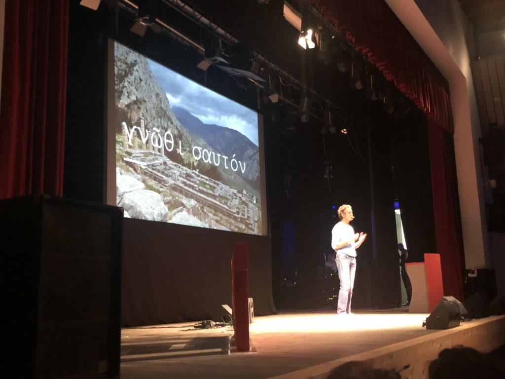 @ale_benetton sul palco per l'ultimo speech di g...