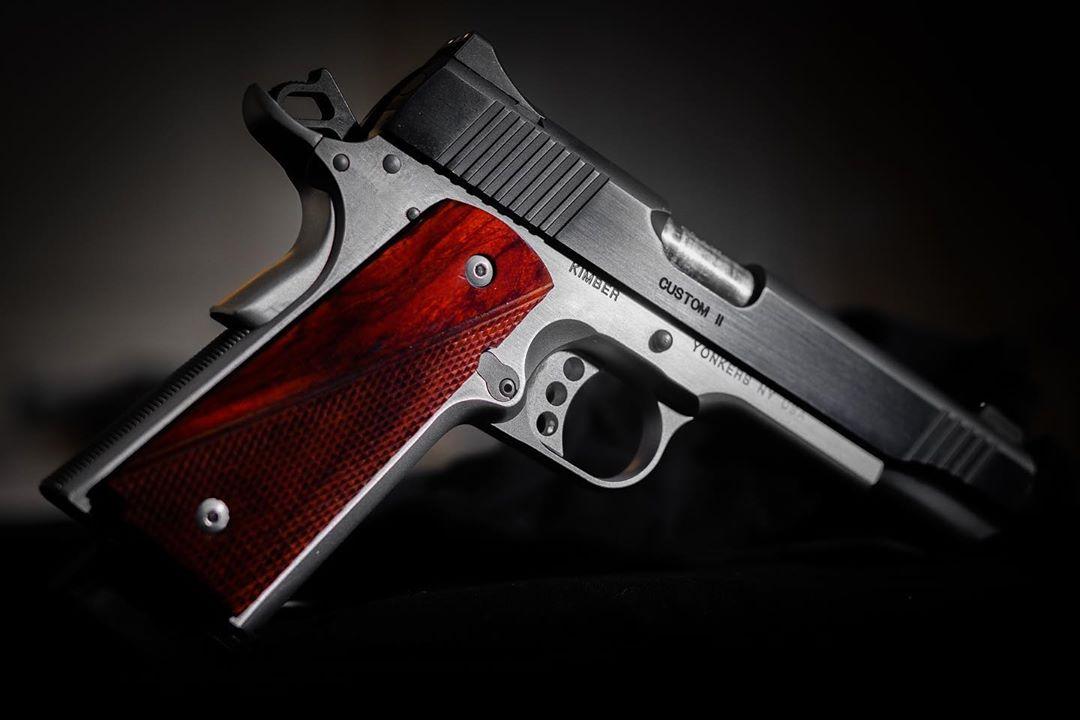 Kimber Custom II (Two-Tone)  45 ACP! #firearmsfriday 📷IG