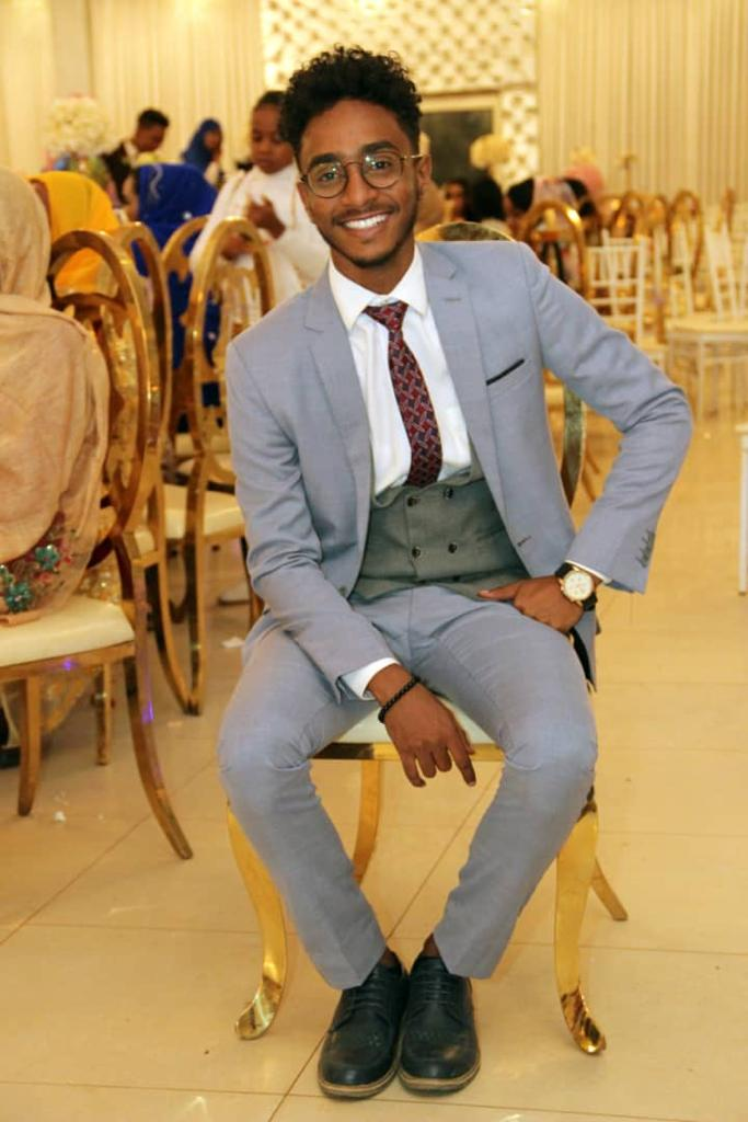 #NewProfilePicture   wedding_vibes  <br>http://pic.twitter.com/p5qsiwR2Tm