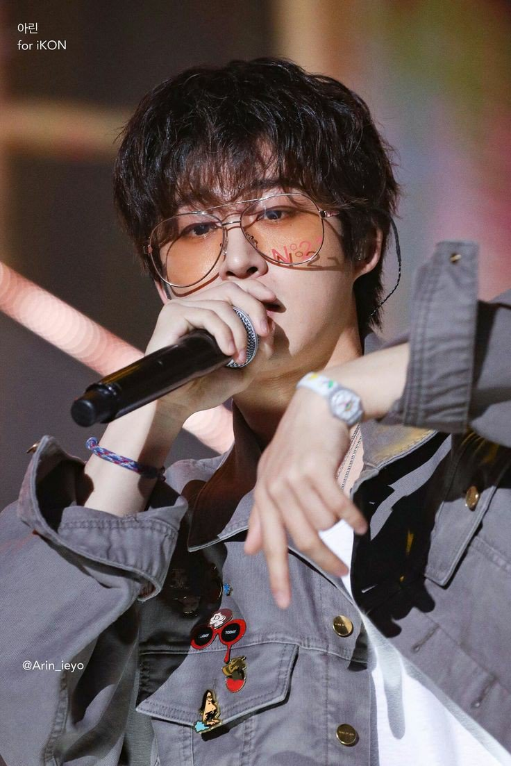 god really took his time on hanbin and it shows <br>http://pic.twitter.com/waPgNZb9Ou