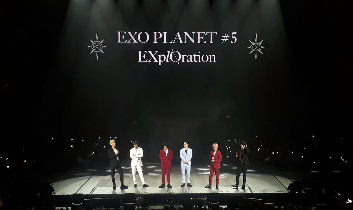 EXO looks dazzling in their suits  #EXplOrationinManila #EXplOrationinManilaDay1<br>http://pic.twitter.com/eSRz2qzZqg