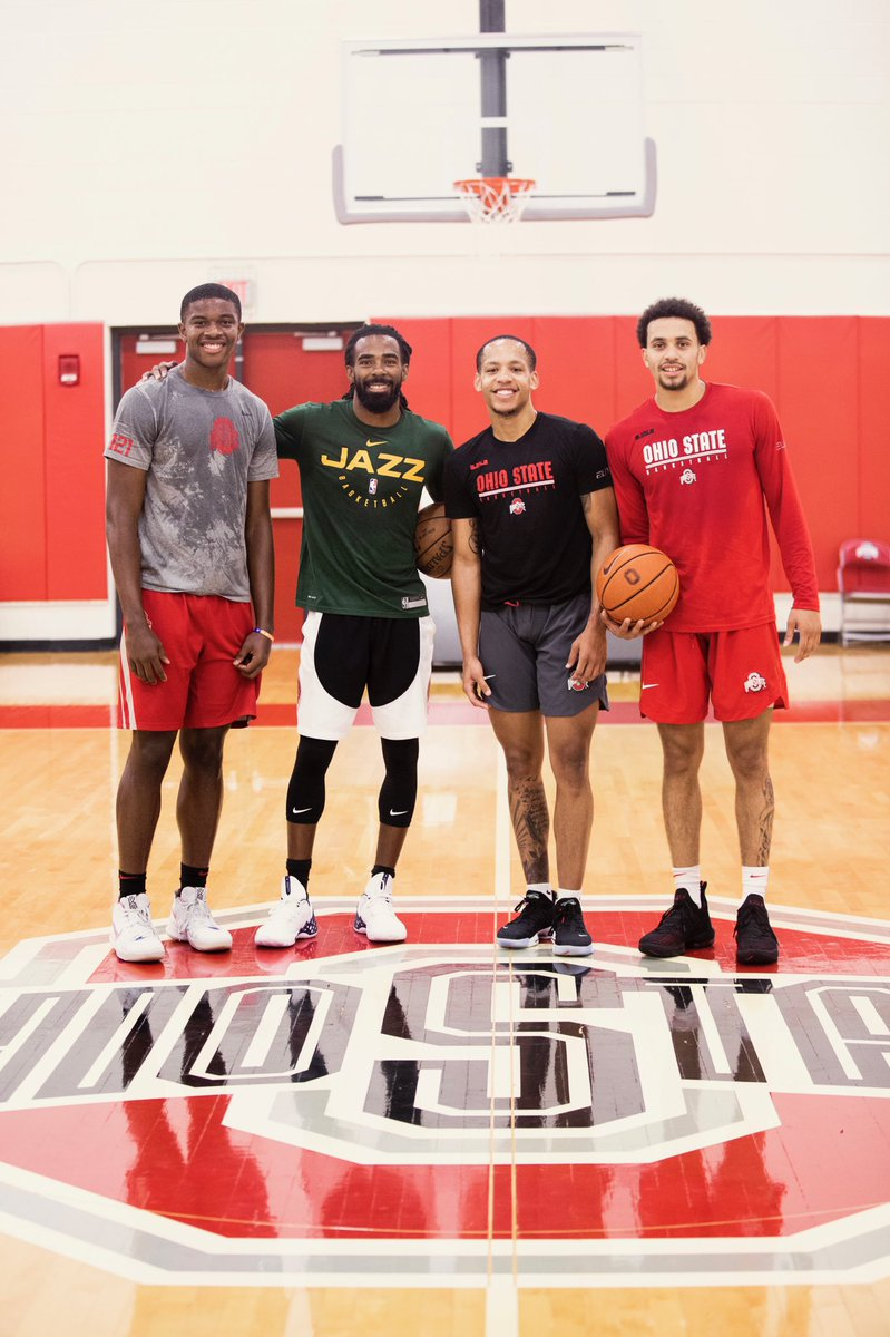 When one of the best PG's in the world stops by workouts.  Great seeing @mconley11 !  Go Bucks!<br>http://pic.twitter.com/lhOffxd1i2