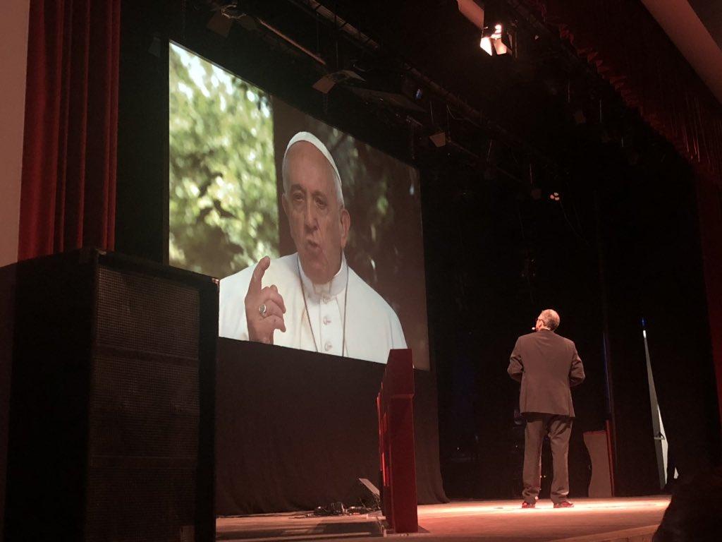 Anche @Pontifex è qui con noi oggi   #TEDxCortina...