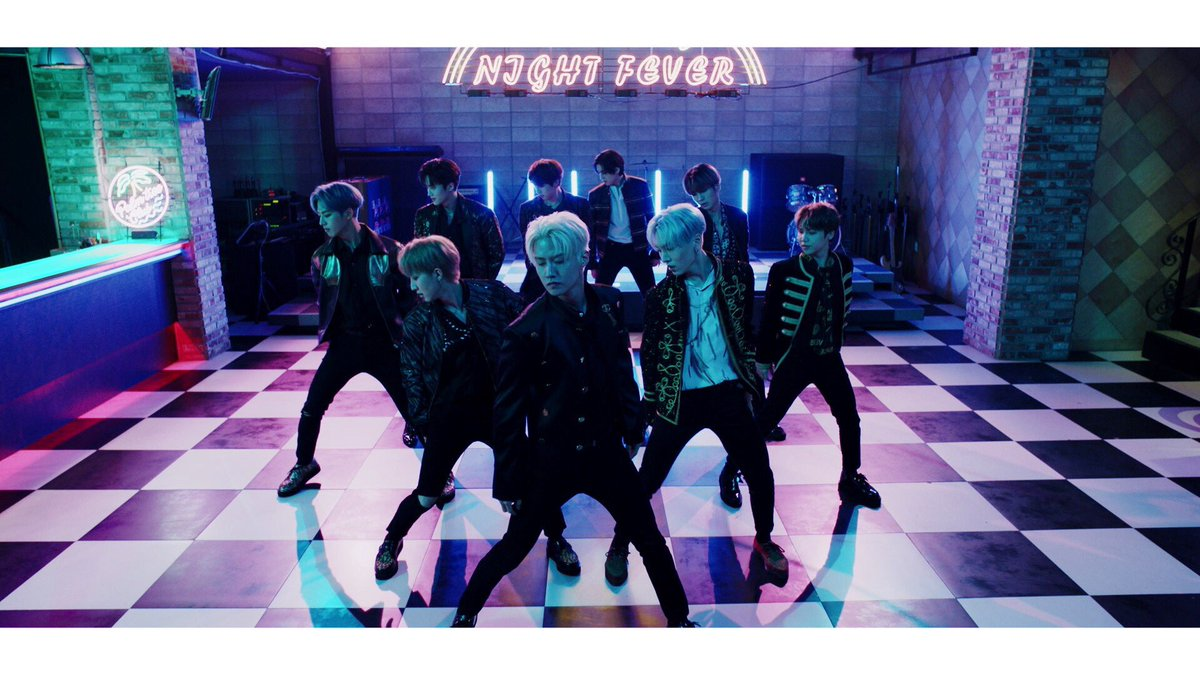 [] #PENTAGON JAPAN 2nd single 『HAPPINESS / SHA LA LA』  「SHA LA LA (Japanese Performance ver.)」 Music Video  https://www. youtube.com/watch?v=YyPxUa 7h8Uo  …   #HAPPINESS #SHA_LA_LA<br>http://pic.twitter.com/FjidfnusgZ