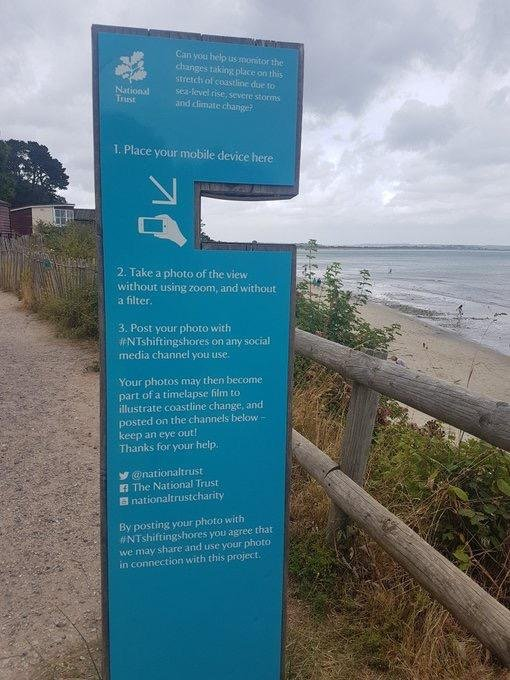 How clever is this use of #UserGeneratedContent?  @nationaltrust have built this photo stand in Dorset for beachgoers to post on #SocialMedia using a hashtag.  The aim is to create a timelapse illustrating the changes taking place due to rising sea levels & #ClimateChange 🏖️