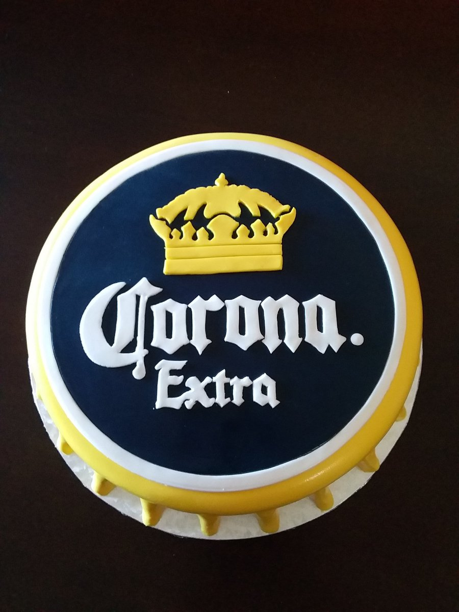 @corona for your thirst ... La Cerveza Mas Fina  #TGIF <br>http://pic.twitter.com/hacfk59YHT
