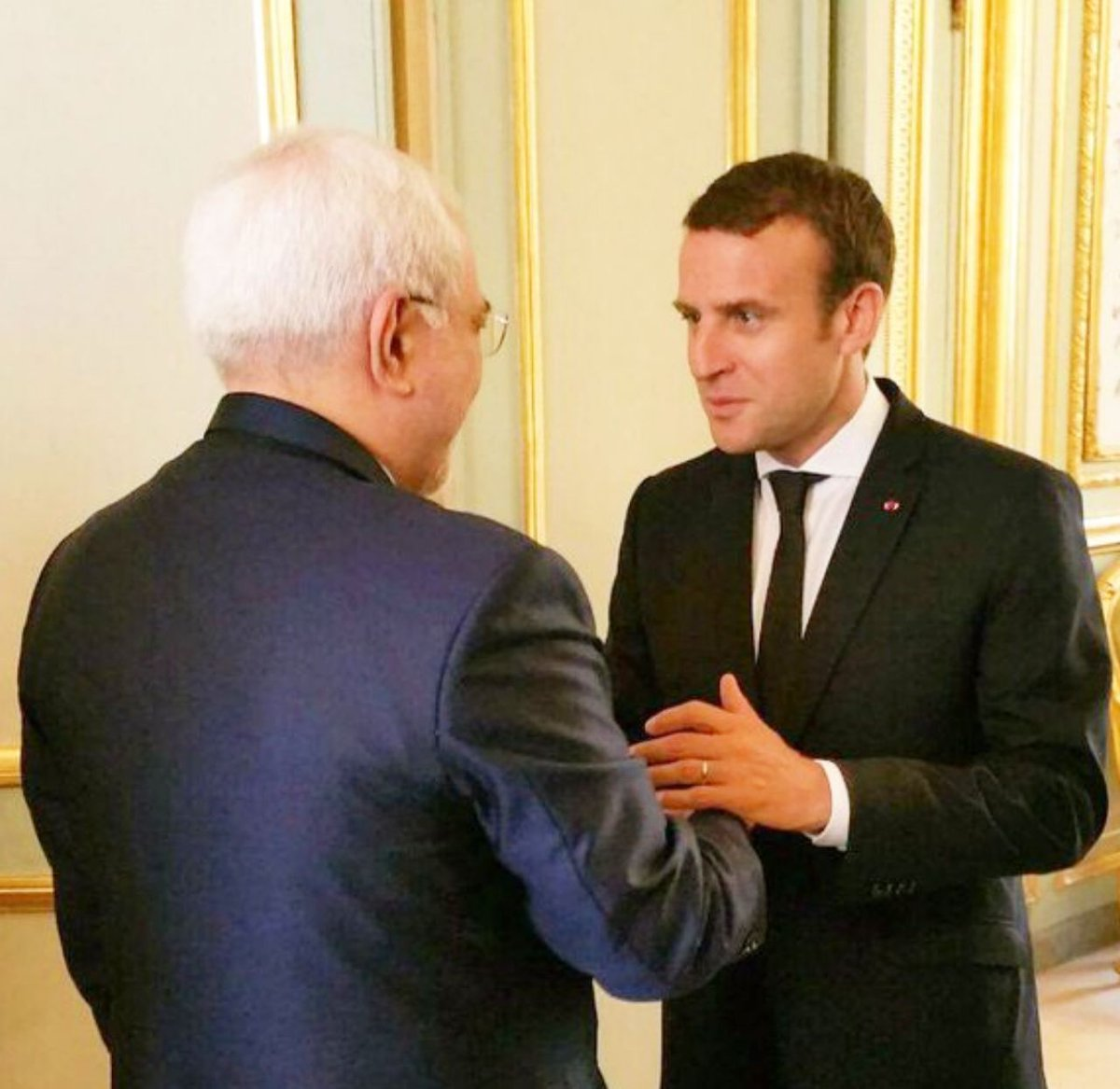 Despite US efforts to destroy diplomacy, met with French President @EmmanuelMacron and @JY_LeDriane in Paris today. Interviewed with Euronews, AFP,  & France24.Multilateralism must be preserved.Next stops Beijing, Tokyo &  KL after a day in Tehran.