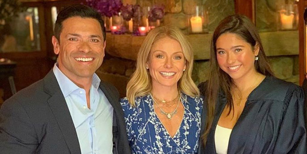 Kelly Ripa and Mark Consuelos are emotional over daughter starting college https://t.co/sAaYfrICt5 https://t.co/KQU9Vk32OI
