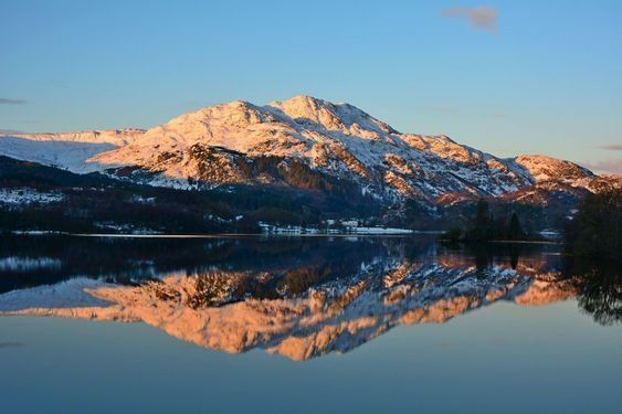 Loch Achray with reflections of Ben Venue [uncredited]  #Scotland #photography #landscape #mountains