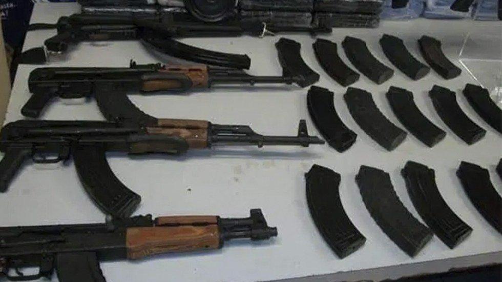 Comando despoja de sus armas a policías estatales en Chiapas http://bit.ly/2Nro6UD