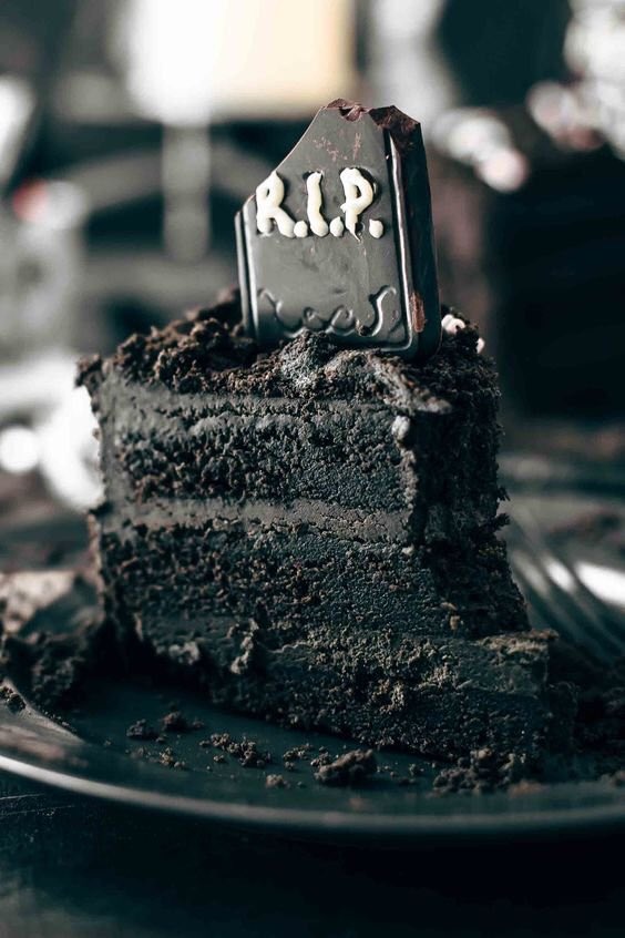 DEATH BY CHOCOLATE Halloween Cake via Also The Crumbs Please #GhastlyGastronomy<br>http://pic.twitter.com/rS27xicxWv