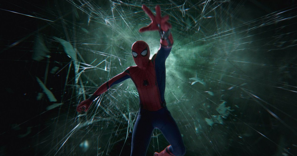 Sony Pictures chief Tom Rothman was reportedly willing to give up 25% of the franchise to keep Kevin Feige as producer on their #SpiderMan  films, Disney refused  (via @Variety |  http:// bit.ly/31X9BMr     )<br>http://pic.twitter.com/eOENAYNJwi