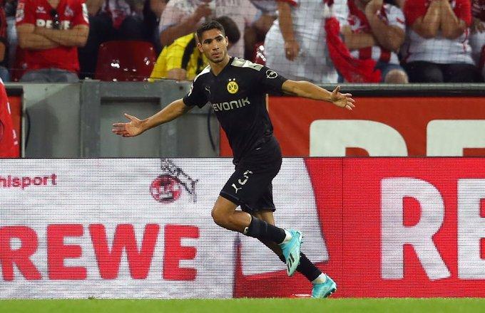 Achraf Hakimi celebra su gol con el Borussia Dortmund (Foto: @AchrafHakimi).