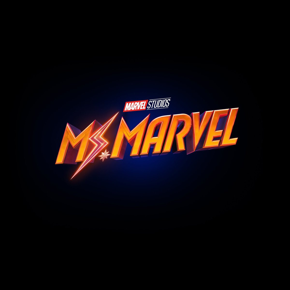 LOOK AT THE LOGO! He Hala Star! #CaptainMarvel will indeed join Kamala Kahn! <br>http://pic.twitter.com/De5yv5qzXM
