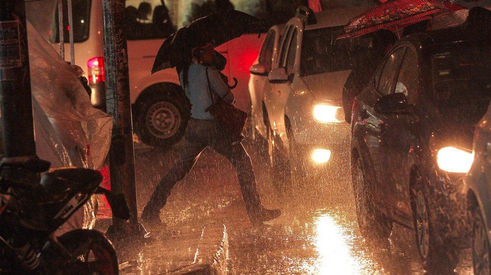 Alerta Amarilla por lluvia y granizo en 10 alcaldías de la Ciudad de México http://bit.ly/2ZdDHhN