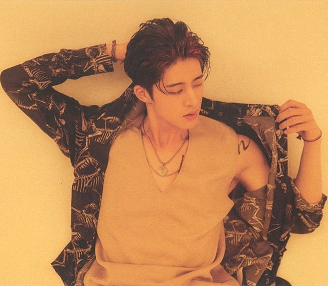 Young Wild and Free Living that good life Your one and only king Emcee #131YoungWildFree #Hanbin #김한빈 #비아이<br>http://pic.twitter.com/FnZDXyWNiz