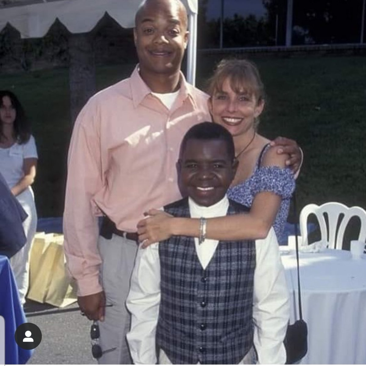 A picture of all 3 of us i love this pic. My castmates my friends my other family. RIP Dana P and Gary C <br>http://pic.twitter.com/DKF28evVOa