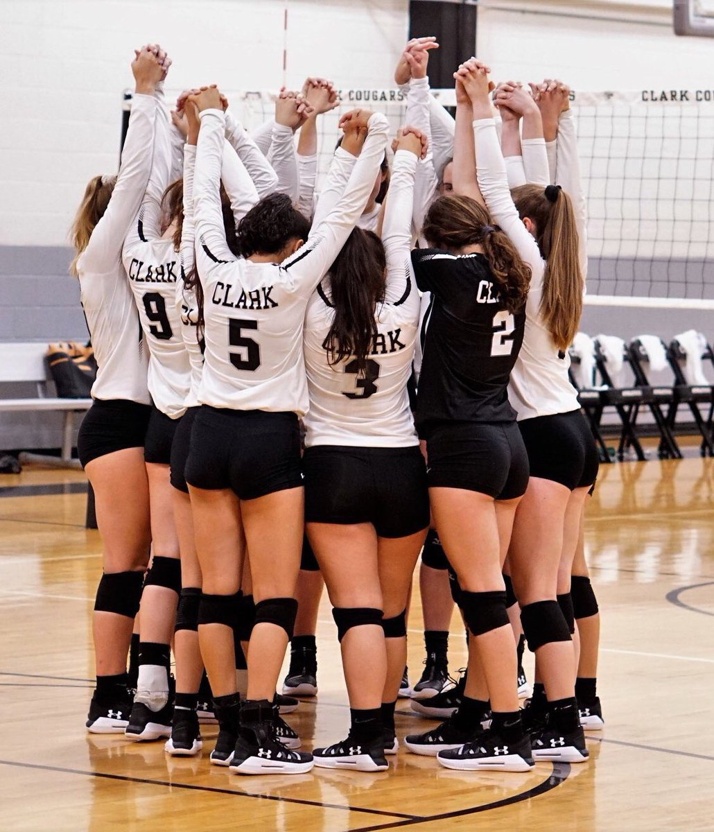 2-1 for CVB today! Started a little slow this morning, but came back with a big  3 set win over Churchill! 5-1 so far at @Volleypalooza1! #cvb2019 #LetsRock<br>http://pic.twitter.com/A6XICgwpiK