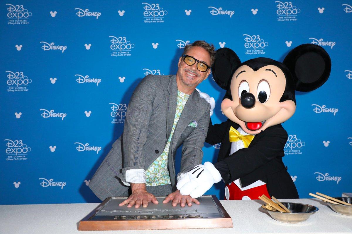 RT @DisneyD23: We love Disney Legend @RobertDowneyJr 3000! #D23Expo https://t.co/n7nkx0gWQv