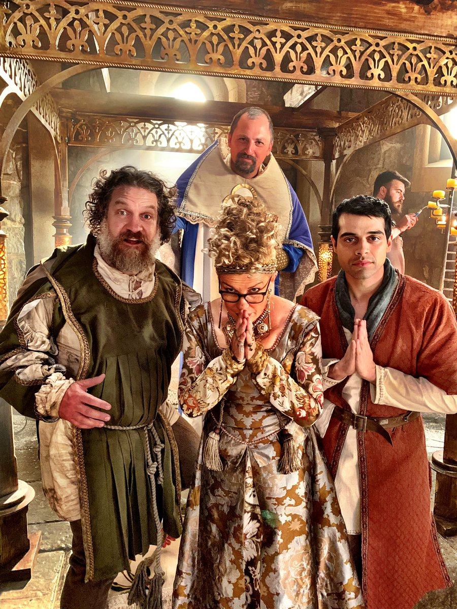 Looking for tickets to the Met Gala! (Or Burning Man....I guess)  #MetGala #BurningMan #TheOutpost<br>http://pic.twitter.com/RAEjhNhdbd