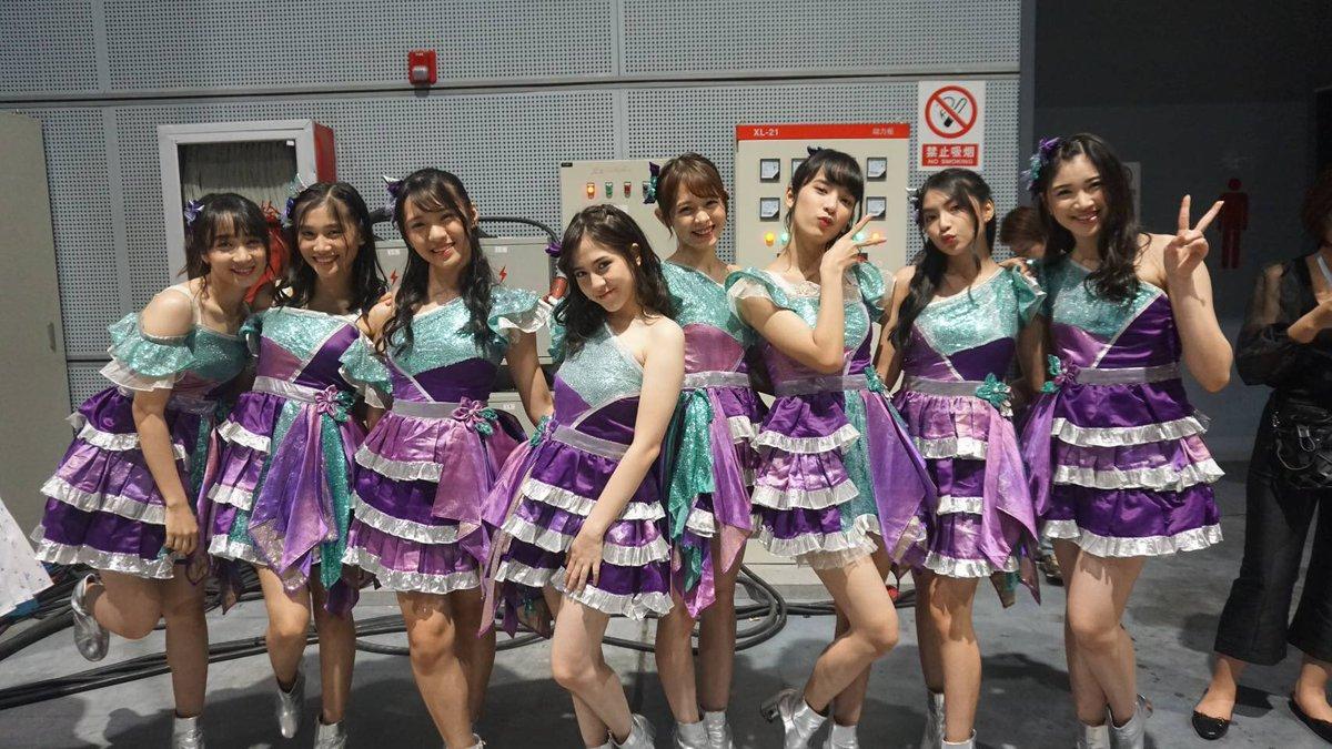 1月のバンコクに続いて、AKB48グループの7グループが一堂に会する夢の舞台「AKB48 Group Asia Festival 2019 in SHANGHAI」を本日、上海にて開催!コンサート第1部が終わりました!JKTは「夏」をテーマにした4曲を披露させて頂きました!JKT menampilkan 4 lagu dengan tema