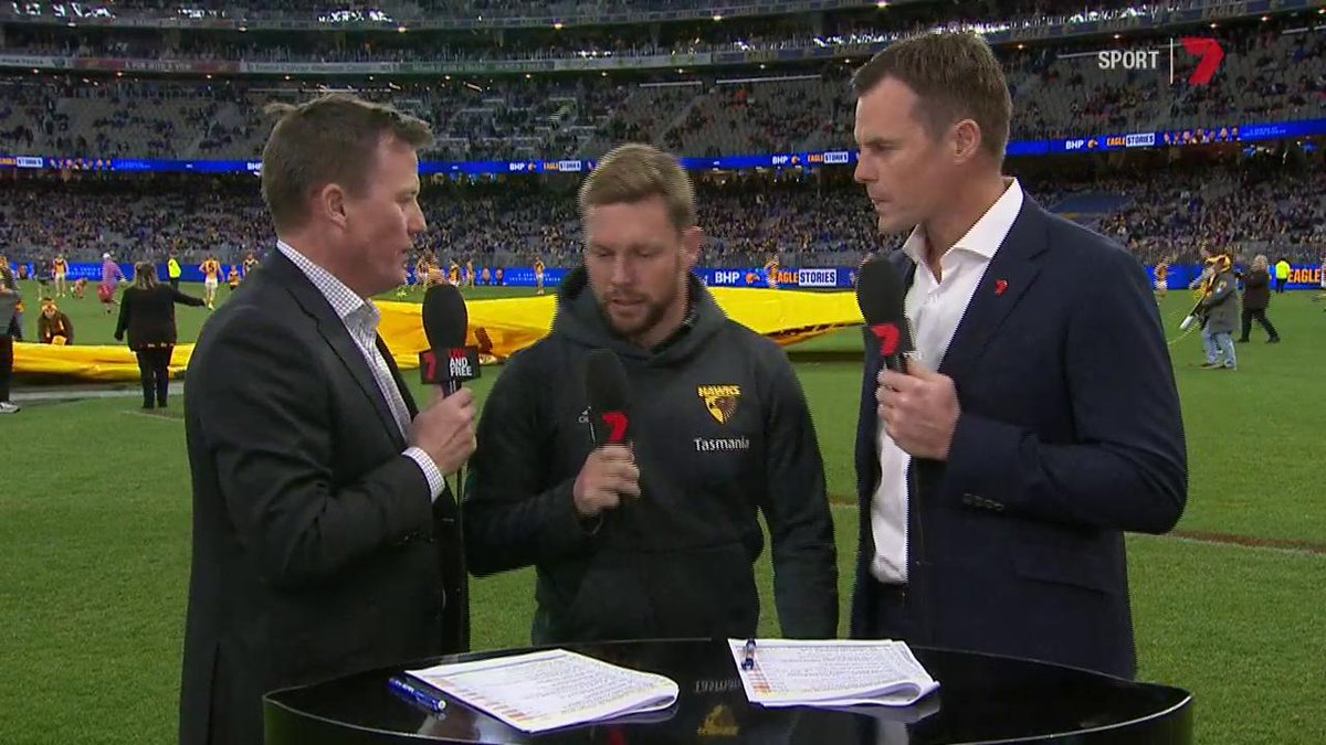 Image for the Tweet beginning: .@HawthornFC assistant coach Sam Mitchell