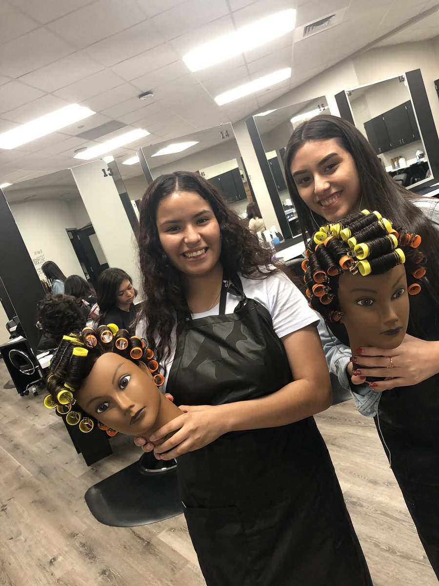 PHS Cosmo 2 students are already hard at work this year. #spartanslearn #phsfocus2020 #CTE #ncisd https://t.co/v2c2xfRpeL
