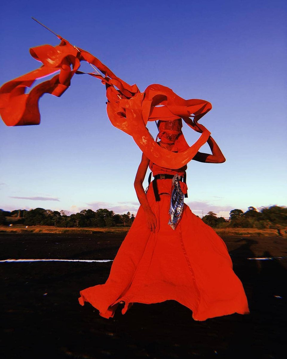 Design & build your own costume for Carnival 2020 with the Trinidadian mas band Vulgar Fraction!  Take part in a series of workshops under the guidance of resident artists as you construct your very own one of a kind costume!  : Arnaldo JJ <br>http://pic.twitter.com/Dc0ZI5mEiu