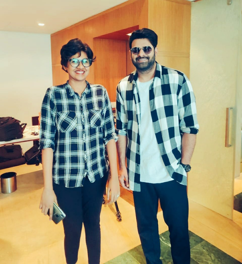 """#Prabhas: I think you're really tall.""""  Me: Not as tall as you are. But yes!   Now, I know why everyone calls him """"darling"""". :) #Saaho  #SaahoOnAugust30<br>http://pic.twitter.com/rnXm3c2LJD"""