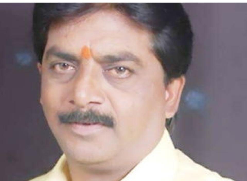 भाजपा इंदौर के डॉ. श्यामाप्रसाद मुखर्जी मंडल के मंत्री श्री वीरेंद्रजी रघुवंशी का सड़क हादसे में निधन दुःखद घटना है! उनका चले जाना, भाजपा परिवार की क्षति है।सादर नमन और श्रद्धांजलि!