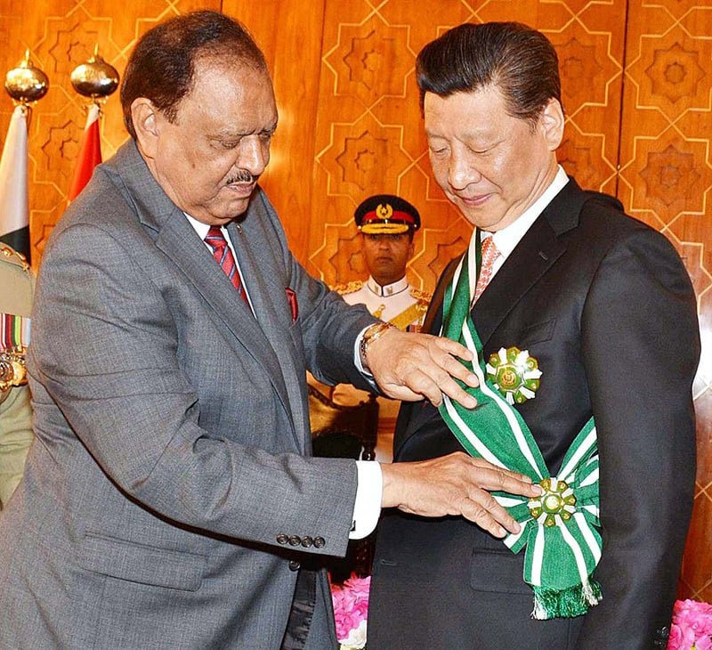 Pakistan Gave Nishan-e-Haider to Xi Jingping, indeed Muslims Ummah is a myth. Money is everything. <br>http://pic.twitter.com/sfZ8pvdVlf