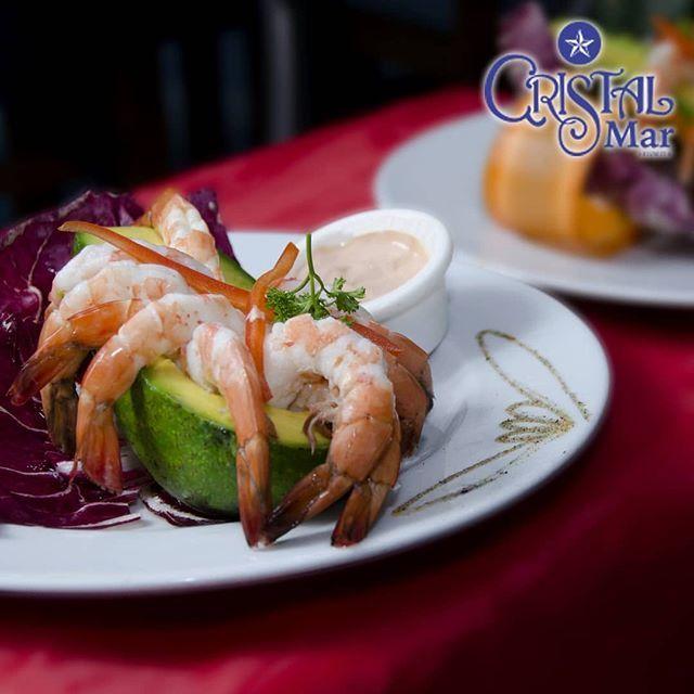 ¡Sin duda no te podrás resistir a todos los platos que tenemos para ti! Elegancia y sabor, todo en un mismo lugar. Mar. Sabores que liberan tus sentidos ¡Vívelo !  RESERVA YA📲 0212-3376112 .☎️ 0212-3933489 . . . #food #foodporn #foodie #comida #resta… https://ift.tt/2L5IRT9