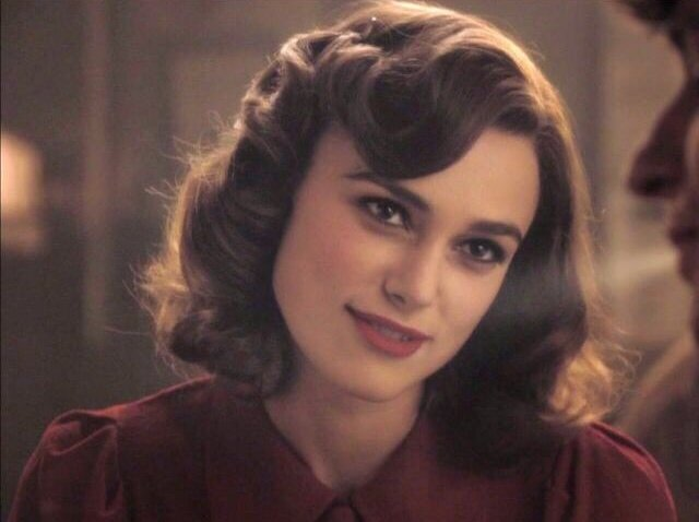 RT @616buck: keira knightley as peggy carter, anyone? https://t.co/eRtvI2ntj3 https://t.co/Y1U0QaFO9T