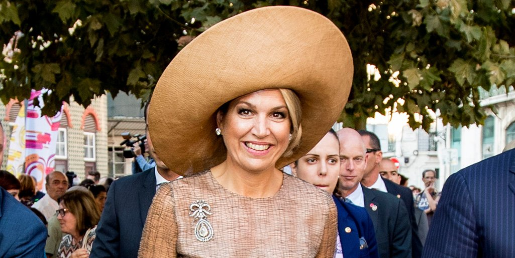 Queen Maxima shines as one of fashion's royal trendsetting Queens https://t.co/Mi55Pw7Og8 https://t.co/r2i7pLJfYW