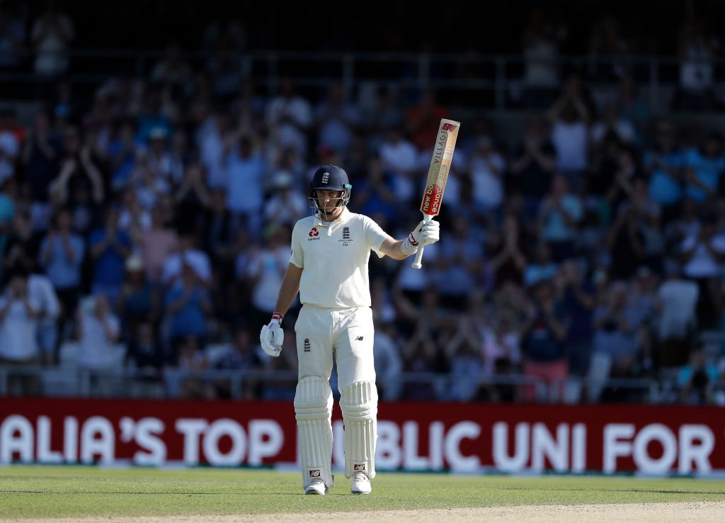 A fascinating day of Test cricket. England finish on 156/3, 203 runs away from what would be a simply incredible victory. Joe Root remains unbeaten on 75. #ENGvAUS LIVE 👇 bit.ly/Eng-v-Aus3