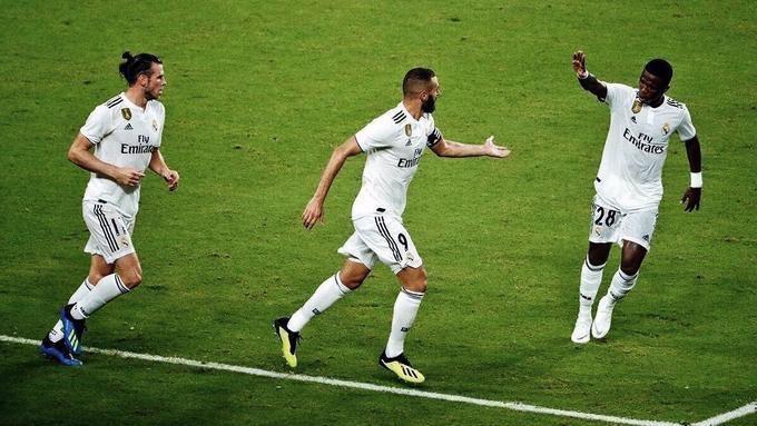 بنزيمة يسجل الهدف الأول لريال مدريد في مرمى بلد الوليد