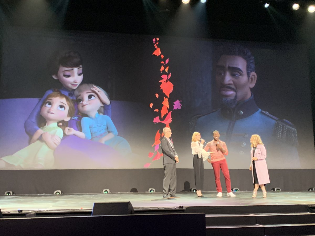New #Frozen2 cast members @SterlingKBrown and @evanrachelwood are here! #D23Expo<br>http://pic.twitter.com/5jSVjpKwaN
